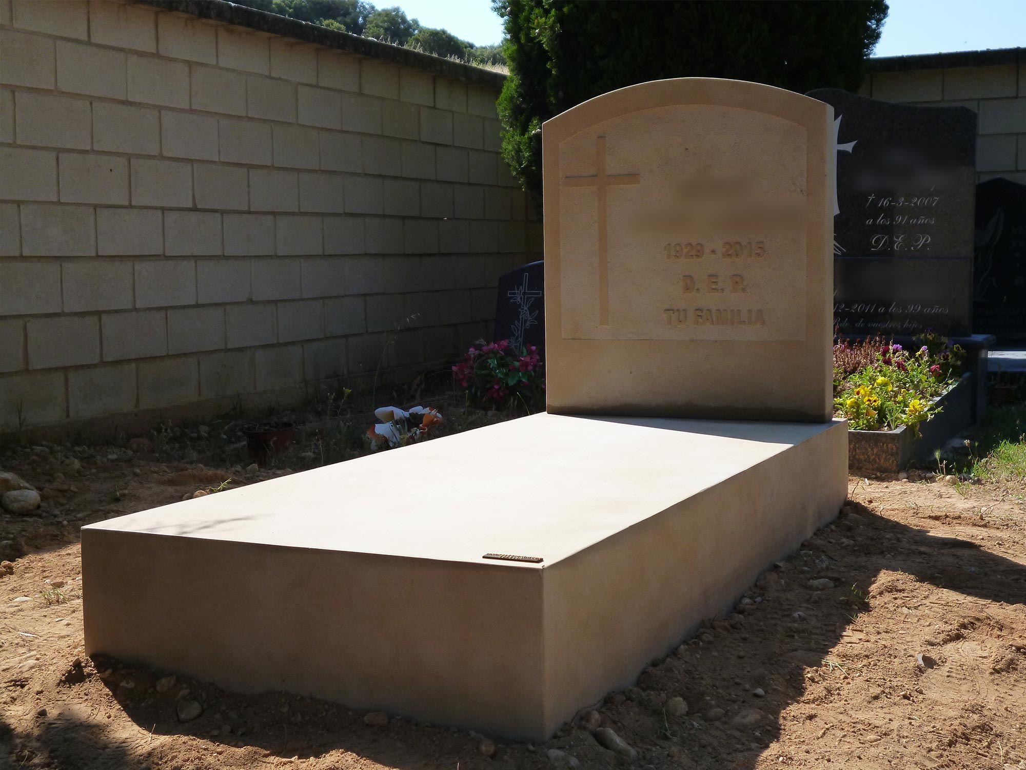 Lápidas de pared y suelo 1
